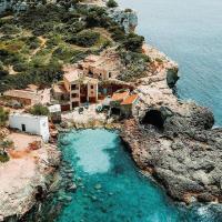 Alguien más echa de menos la isla? . Does anyone else miss the island?  📷 @foxytrash • Ánima de Mallorca Plata de ley made in Mallorca  #mymallorcaisland #travel #travelgram #travekphotography #spain #españa #cala #mallorcacalas #traveltips #paradise #baleares #mallorquinament #mediterranean #mallorcalife #mallorcamood #mallorcastyle #ilovemallorca #goodvibes #ig_fotogramers #instant_es #thediscoverer #nowdiscovering #igersspain #all_made_in_spain #palma #igersmallorca #igersbalears #loves_balears #total_baleares #mallorca